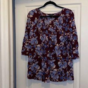 Lucky a brand floral v-neck 3/4 sleeve shirt top